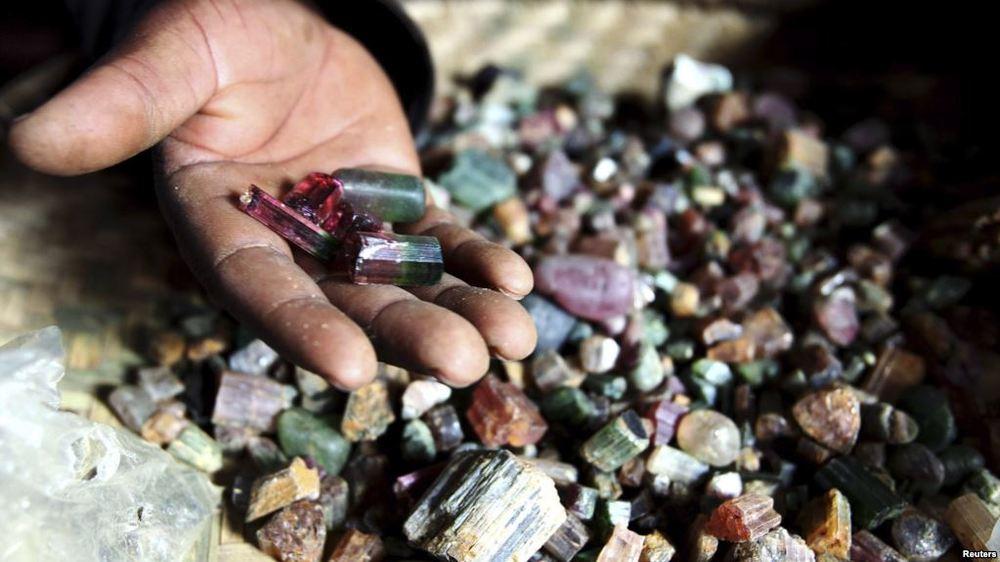как оценивают полудрагоценные камни