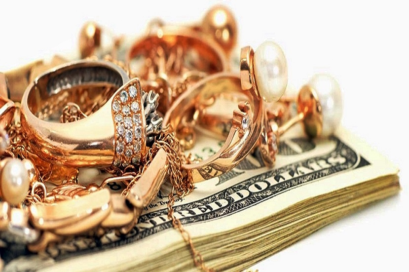 что выгоднее продать или заложить золото